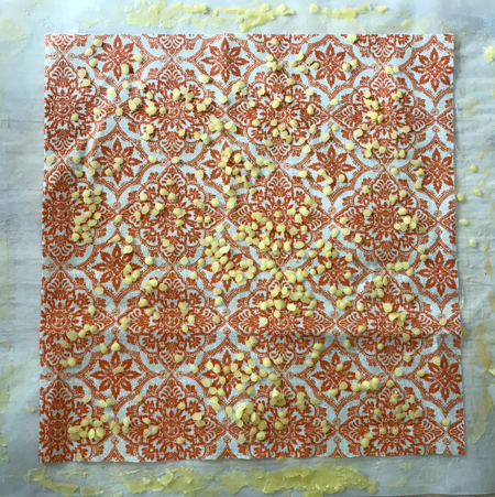 how-to-make-beeswax-wraps